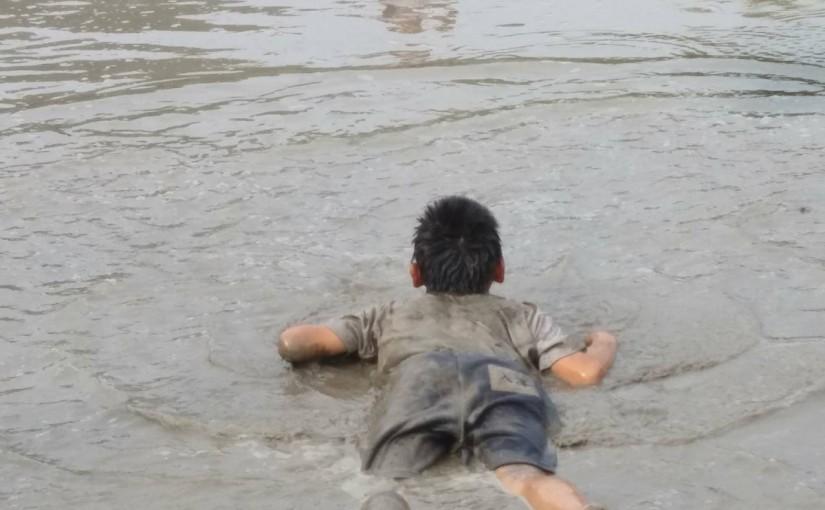 泥んこ体験